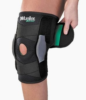 Mueller Self Adjusting Hinged Knee Brace, Black, One Size